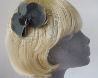 Silver-Grey Flower Hair Comb- Silver-Grey Orchid Hair Comb
