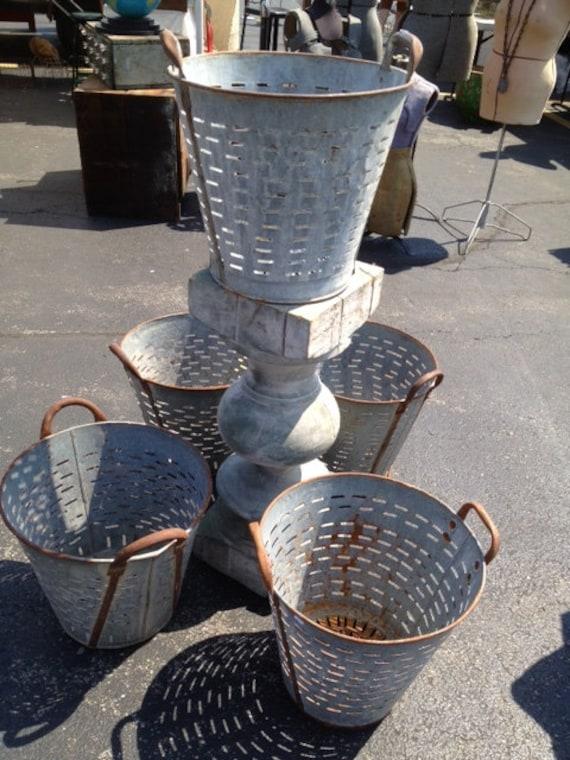 Olive bucket vintage metal for Old metal buckets
