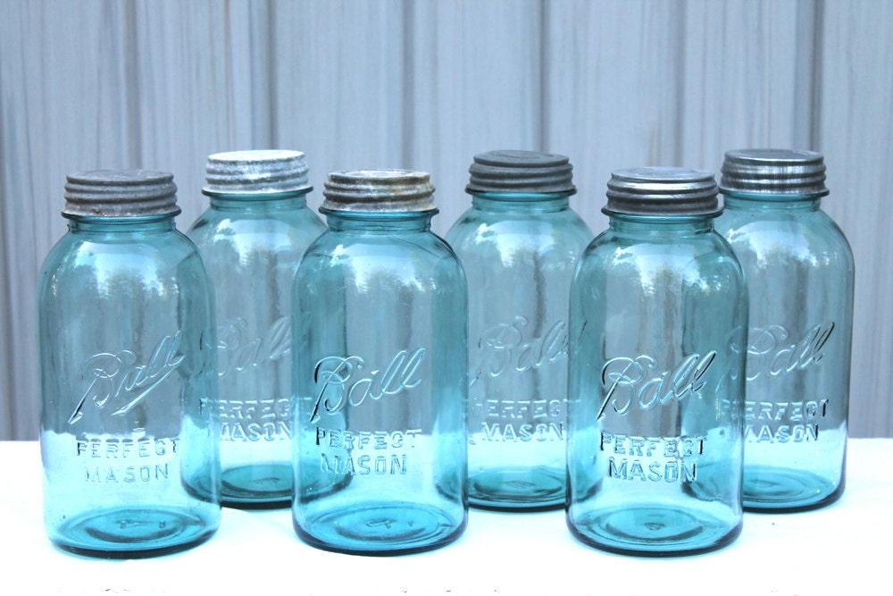 antique 2 quart blue ball mason half gallon jar collectible. Black Bedroom Furniture Sets. Home Design Ideas