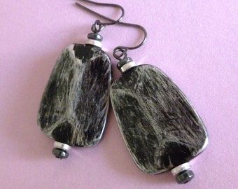 Gray Acrylic Bead Earrings, Gunmetal and Gray Acrylic Bead Earrings, FREE SHIPPING, Dangle Earrings