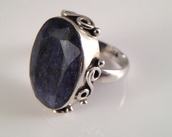 18.5ct Natural Blue Sapphire Sterling Ring handmade bezel Silver