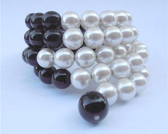 Vintage Pearl Bracelet Pearl Bead Bracelet Black Bead Bracelet Faux Pearl Bracelet Art Deco Bracelet Faux Onyx Bracelet MultiStrand Bracelet