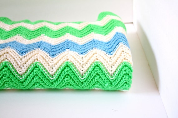 Vintage/retro green and blue crochet blanket