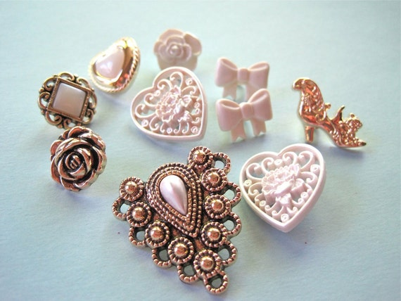 Lace Treasures Novelty Craft Embellishment Buttons