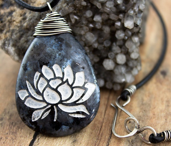 Lotus Awakening necklace-Black labradorite engraved stone pendant