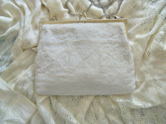 Vintage Walborg White Beaded Purse Bride Bridesmaid Wedding Holiday Special Occasion Gift Idea