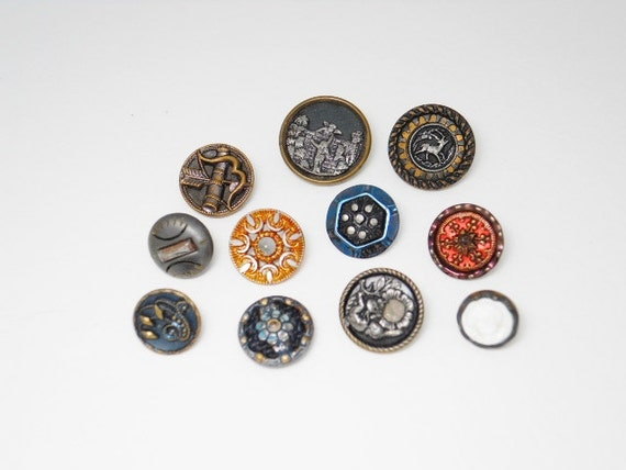 Lot Of Fancy Victorian Metal Buttons - Great Variety - Instant Collection