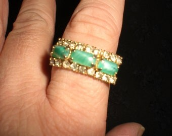 Vintage Green Glass And Rhinestone 1960s Gold Tone Ring Adjustable Sizes 6 /7/ 8