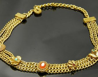 Vintage Unsigned Rare Goldette Necklace With Cameo, Bee, And Flower Charms