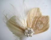 Wedding Bridal Ivory Champagne Peacock Feather Pearl Rhinestone Jewel Veiling Head Piece Hair Clip Fascinator Accessory