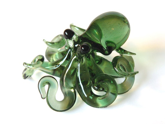 Small Glass Octopus pendant Transparent Green
