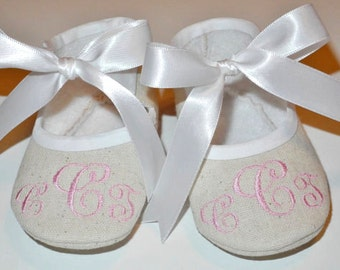 Personalized Baby Shoes - Monogram Your Baby shoes - Fabric Baby Shoes