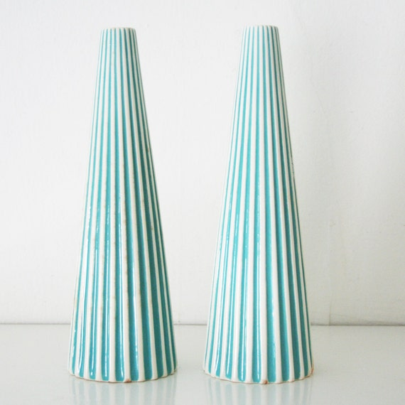 1950s striped turquoise cruet set