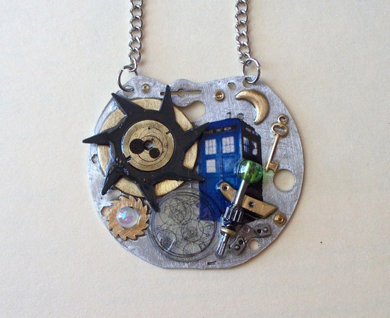 "Doctor Who Necklace ""Prisoner of the Atraxi"""
