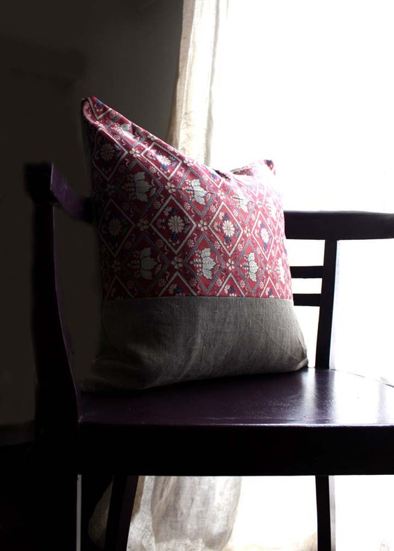 Mauve Recycled Vintage Obi Silk and Natural Linen Pillow Cushion Cover. 18x18'' (45x45cm)