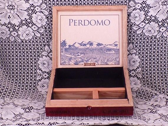 Cigar Box Valet Perdomo Lot 23