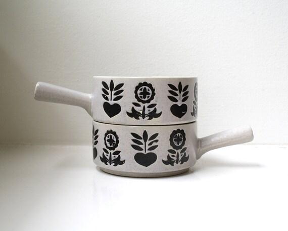 Danish Modern Graphic Soup Bowls Stoneware Pair Japan