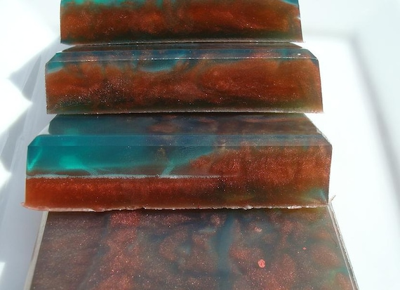 Soap - Wild Berry Musk Soap - Red and Blue Soap - Vegan Soap - Unisex Soap for Men or Women - Homemade Soap - Bar Soap