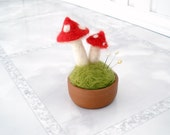 Moss terrarium felt pincushion mushrooms Fairy garden Fall Woodland Home decor Pin Cusion Gift for sister mom mother grandmother daughter