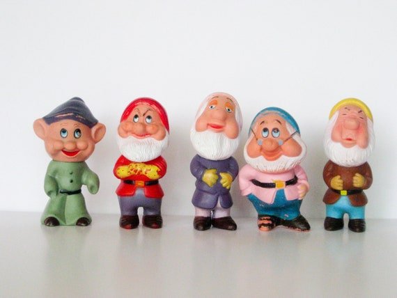 Snow White And The Seven Dwarfs Toys 97