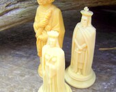 Vintage Chess Pieces King and Queen Plastic