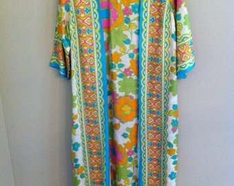 Retro Loungewear Robe