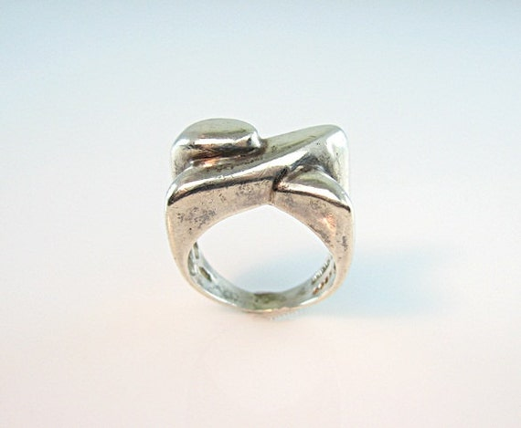 RESERVED FOR R //  Mod Sterling Silver Ring Rounded X Form Scandinavia Finland Size 7