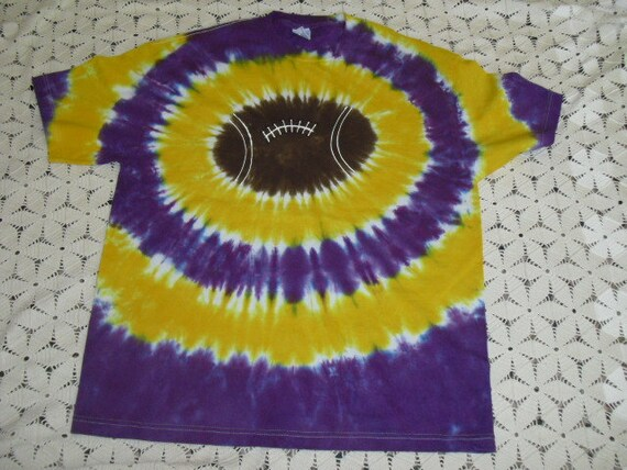 Tie dye shirt, XL, Purple and gold football
