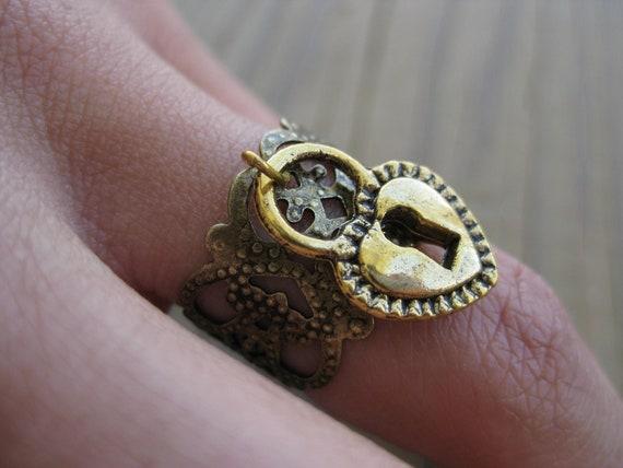 Gold Filigree Key Hole Heart Charm Ring - Fashion Jewelry, Gold Heart Ring, Antique Gold Ring, Charm Ring