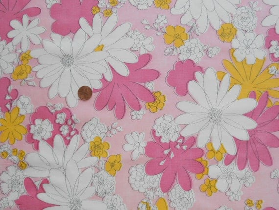 Reserved for Katelyn: 2 Yards of Vintage Sheet Mod Pink 1970s Floral