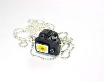 Canon 600D Camera miniature necklace