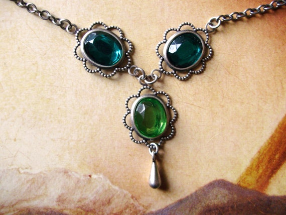 Slytherin necklace - French green emerald gift Historical Regency - Harry Potter Jewel