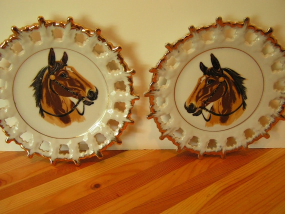 2 Brown horse wall plates