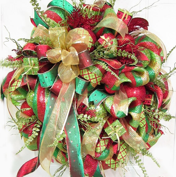 Beautiful Christmas Holiday Door Wreath, Wreaths, Deco Mesh, Beautiful Ribbons, Traditional Reds and Greens