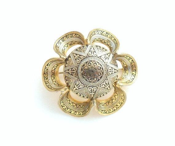 Damascene Flower Brooch - 1940s C Clasp Pin, Spain