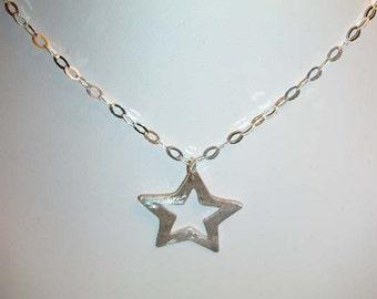 Art Clay Silver open star pendant necklace