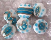 GLASS BEADS - White, Gold, Turquoise, 18 mm - 6 Beads