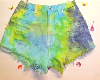 Vintage High Waisted TIE  Dyed  Denim Shorts ----Waist 30  inches
