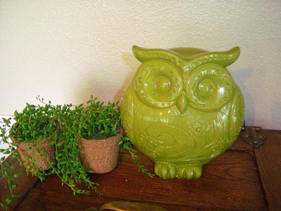 Bright Green Owl Cute- Owl Collections-Owl Figurines- Vintage Owls- Vintage Decor-30% SALE