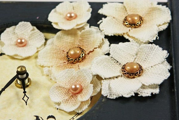 Calcutta Minis Collection - Seashell 538262 - Burlap fabric layered flowers with pearl centers peach