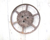 Rusty Planters Wheel / Rustic Decor