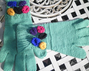 SALE Handknitted floral crochet 40s style gloves unworn mint green large