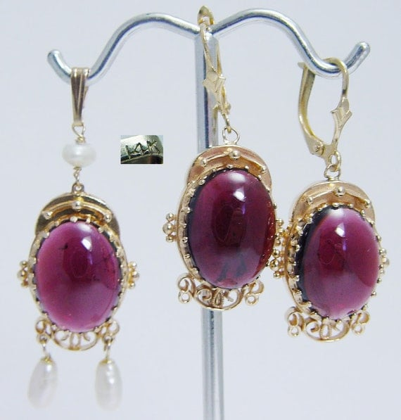 Vintage 14K Yellow Gold Tourmaline Cabochon Earrings Pendant Set Estate Jewelry