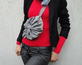 Fleur-de-Lis Purse with 2 Straps Convertible Bag - Customizable for Color Fabric - Belt bag - Waist purse - Handbag - Shoulder bag