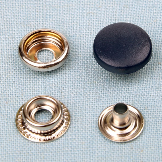 button and snap fasteners