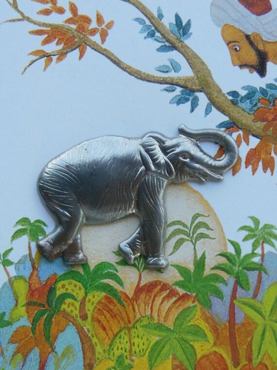 Beautiful Steel Elephant (2 pc)