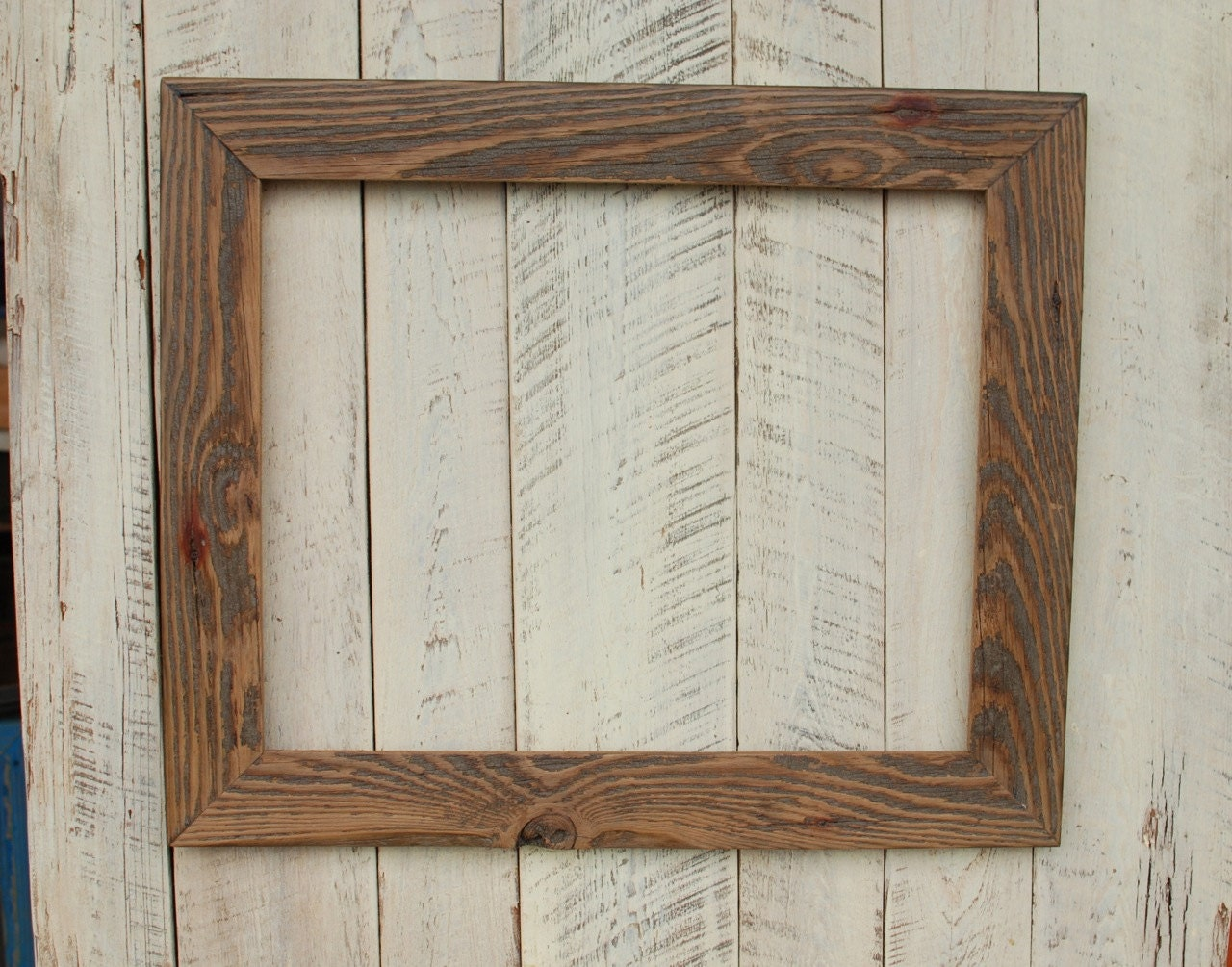12 Inspirational DIY Picture Frame Ideas, Making Yours ... |Rustic Wooden Picture Frame