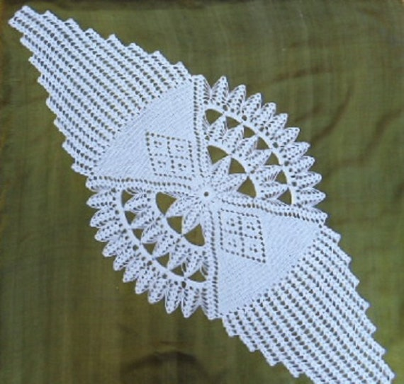 Crochet Patterns Lace Table Runners : Crochet doily runner lace tablecloth white large doilies 43