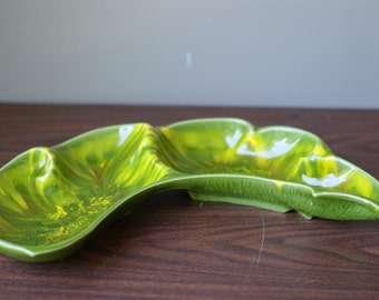 Reduced California Pottery. Green Mid Century Marbled Yellow Pottery. Four Sections. Signed Cali Sty 2850-2851 U.S.A