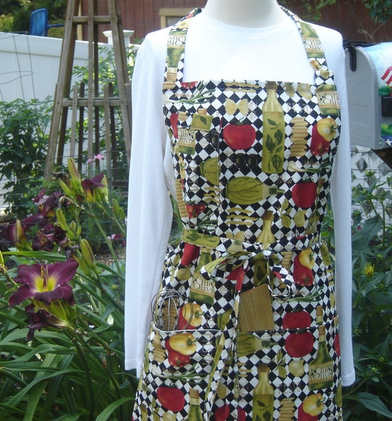 Colorful Tuscany-like full bib apron with peppers, olive oil, tomatoes, pasta, etc.,  generous size 16 XL with flexible sizing, unisex